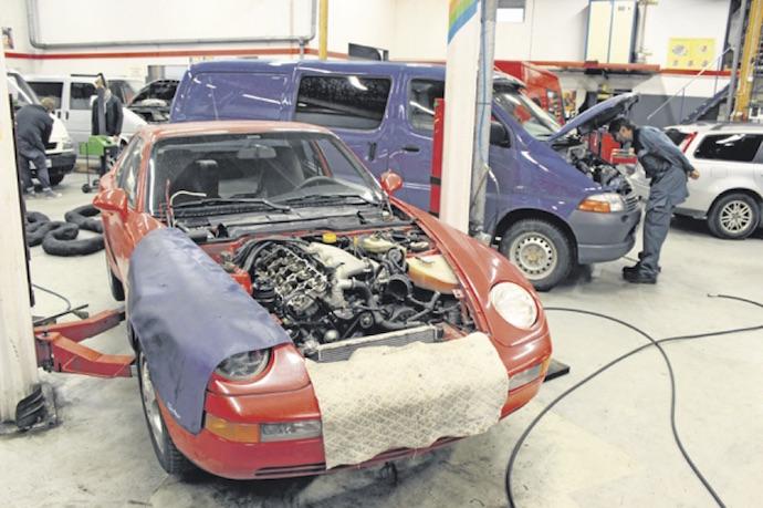 Teemme myös erikoistöitä - Autosähkö ja Dieselhuolto Häkkinen